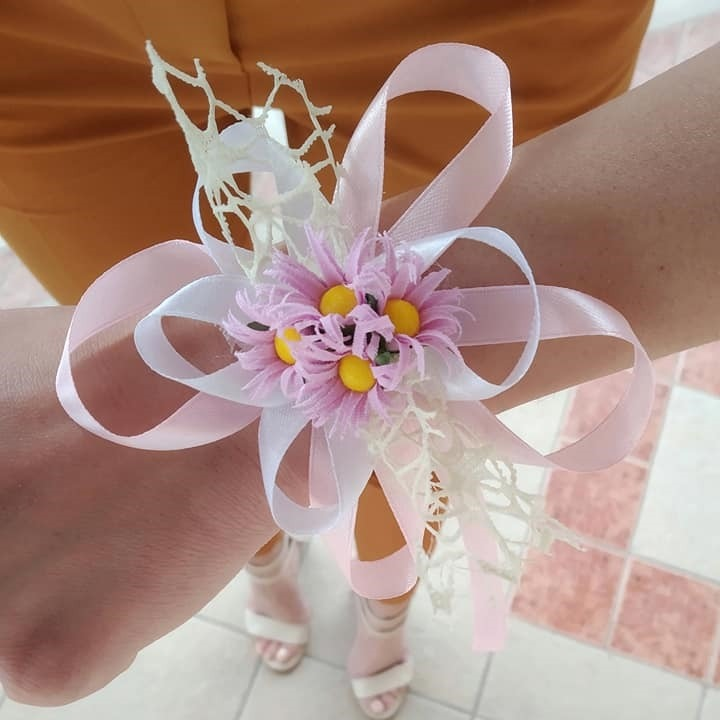 Корсаж алка за свадба